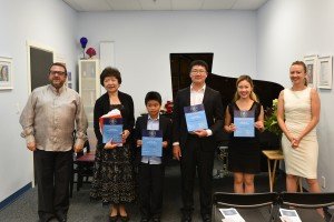 Jerusalem piano professor spends 10 days with top WMA students